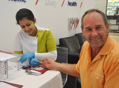 BMC- Oman partnered with AXA Insurance for a Health Screening Campaign on World Diabetes Day